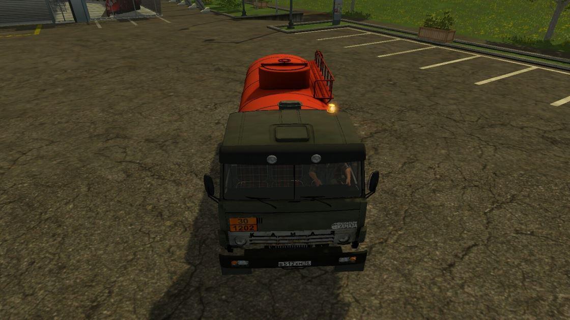Мод Камаз-55102 Бензовоз v 1.0 для Farming Simulator 2015